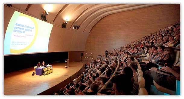 "III Congreso Nacional de Equipos Directivos de Centros (XXII Ecuentro ADEME): Aula Magistral del ""Palau de les Arts Reina Sofia""."